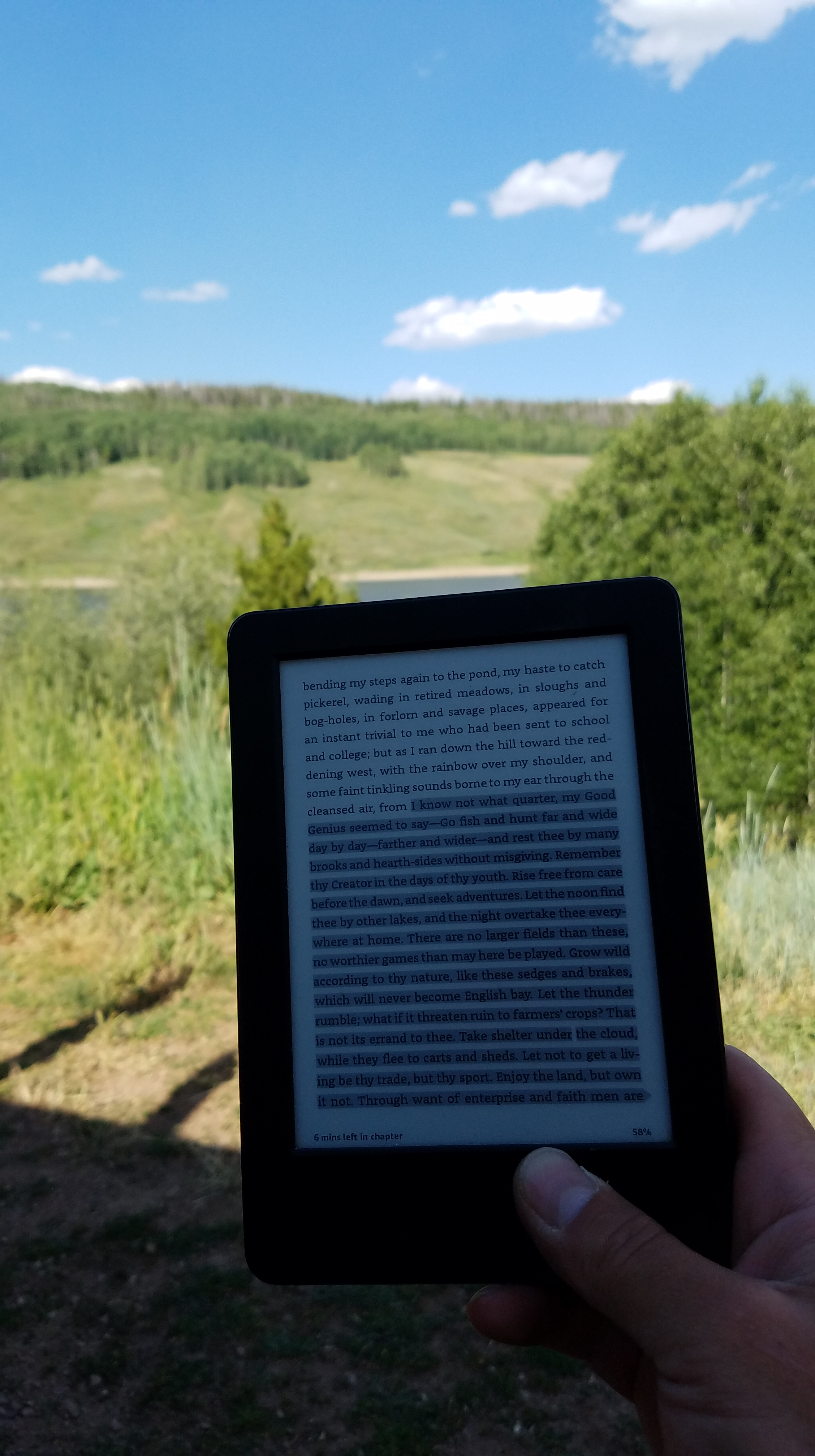 Henry David Thoureau on Kindle overlooking Red Dirt Reservoir near Kremmling, Colorado